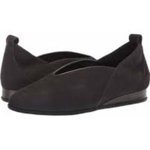 "Arche ""Piassy"" Nubuck Leather Low Wedge Flats Sz 7"